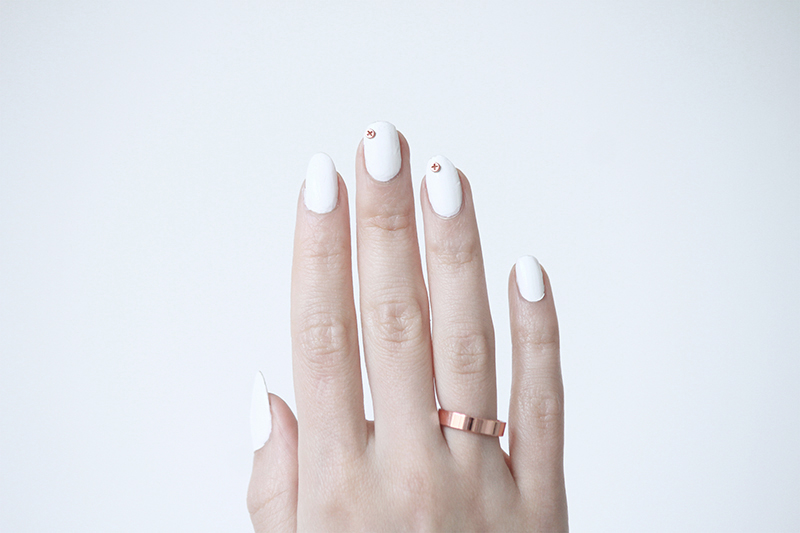 Love Aesthetics » SUBTLE NAIL PIERCING