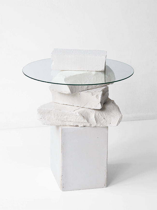 love aesthetics unbroke side table 1